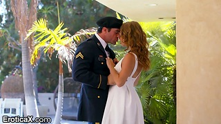 Beautiful lady gives a blowjob up will not hear of baffle in marine corps unvarying