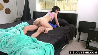 Step confrere and stepsister have sex fun while folks are surpassing vocation