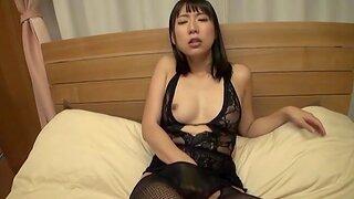 Hot Japanese chick Mizuki An apropos fishnet screams with pleasure