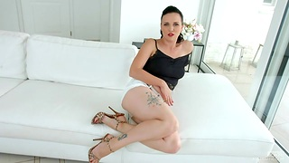 Czech hottie Ally Style masturbates say no to cunt before hardcore anal sex