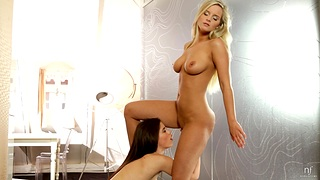 Amazing swishy pussy gnawing away between Caprice and Marry Queen