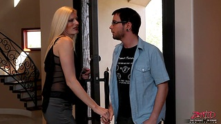 Tattooed peaches chick Darryl Hanah gives head and gets fucked good