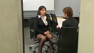 Japanese secretary Haruna Hana drops on her knees to give pill popper
