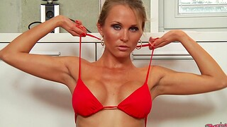 Topless blonde MILF Laura Drinking-glass drops on her knees to lay waste